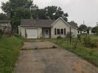 Wellston, Jackson Co. 2 bedroom home