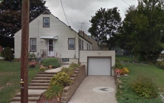 1602 Cherry Ave. N.W., Canton, OH  44714