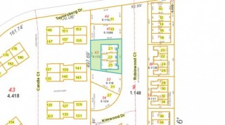 2 Non-building lots in Englewood