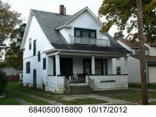 Ashtabula Investment Property 3 Blocks to the Beach