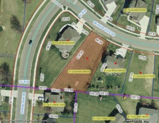 Foreclosure auction of vacant lot