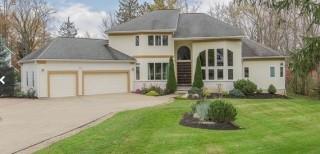 Moreland Hills Foreclosure Auction
